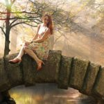 Девушка на мостике